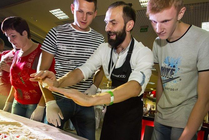 Харьков может «похвастать» самым длинным буррито в Украине (ФОТО) (фото) - фото 1