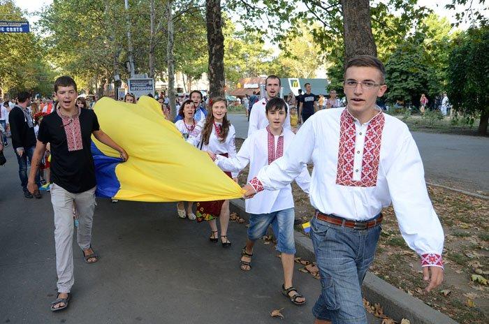 Николаевцы отметили День Независимости в вышиванках и с флагами (ФОТОРЕПОРТАЖ), фото-4