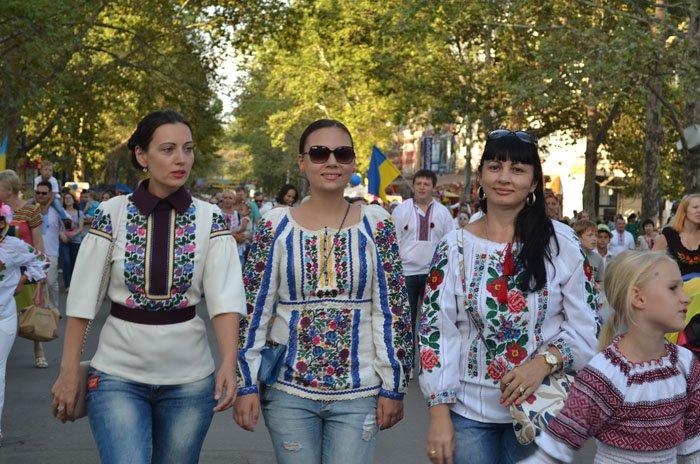 Николаевцы отметили День Независимости в вышиванках и с флагами (ФОТОРЕПОРТАЖ), фото-23
