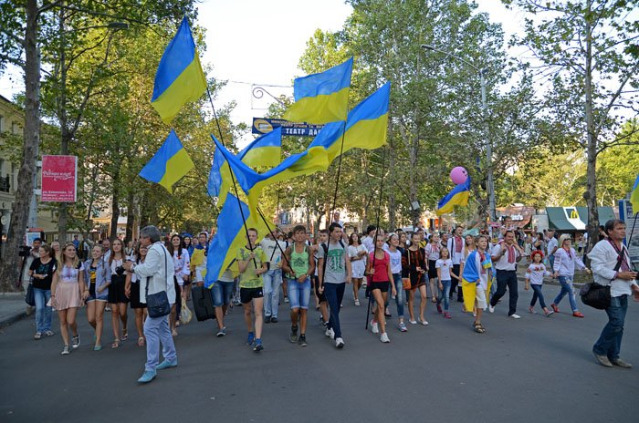 Николаевцы отметили День Независимости в вышиванках и с флагами (ФОТОРЕПОРТАЖ), фото-2