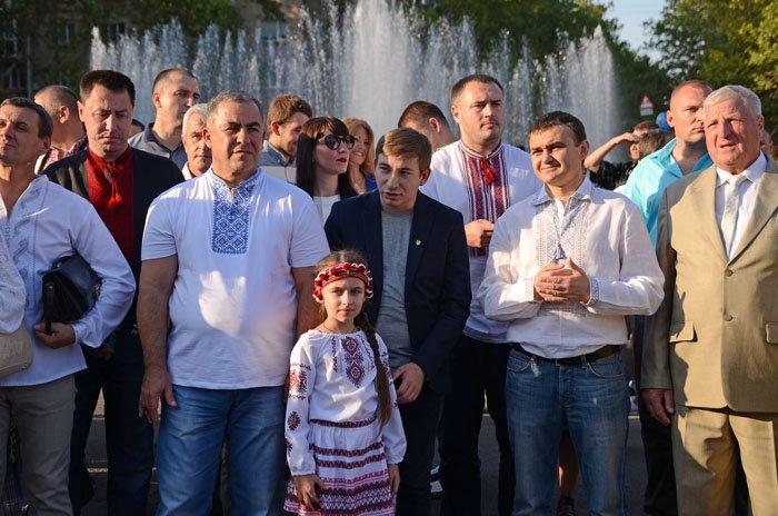 Николаевцы отметили День Независимости в вышиванках и с флагами (ФОТОРЕПОРТАЖ), фото-7