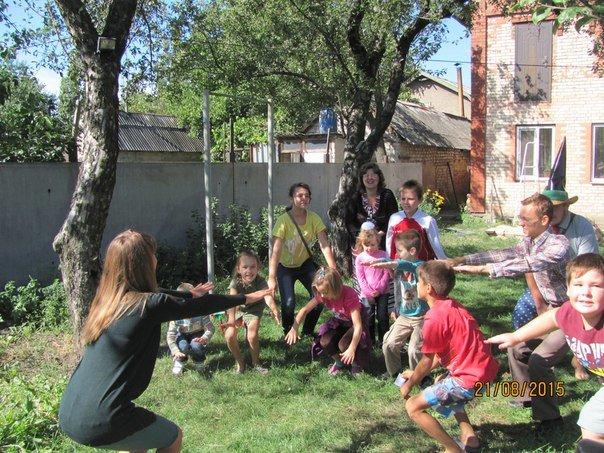 Выходные дни авдеевская детвора провела с Незнайкой и его друзьями (ФОТО), фото-1