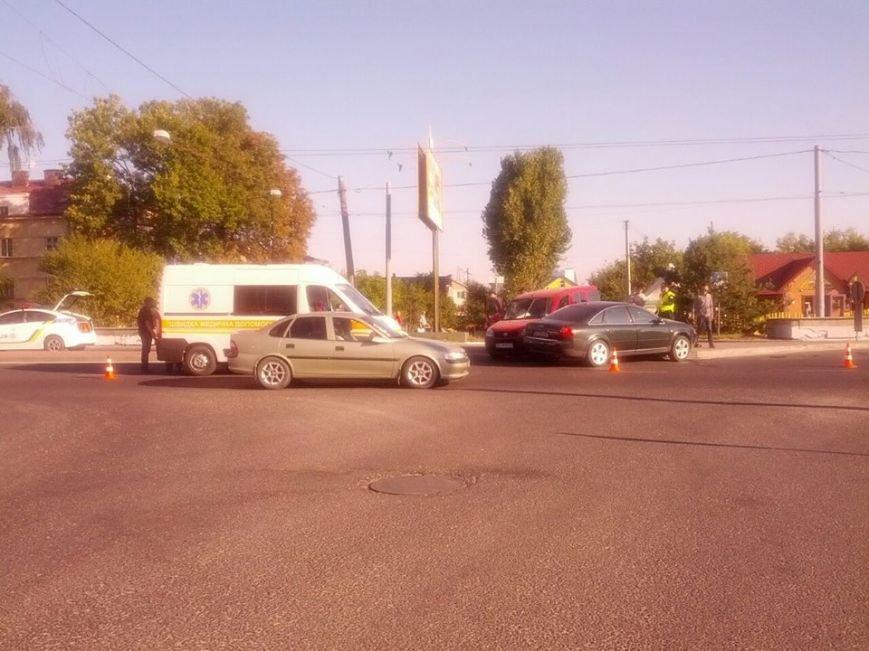У Львові на Городоцькій сталось масштабна аварія (ФОТО) (фото) - фото 4