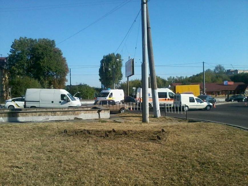 У Львові на Городоцькій сталось масштабна аварія (ФОТО) (фото) - фото 2