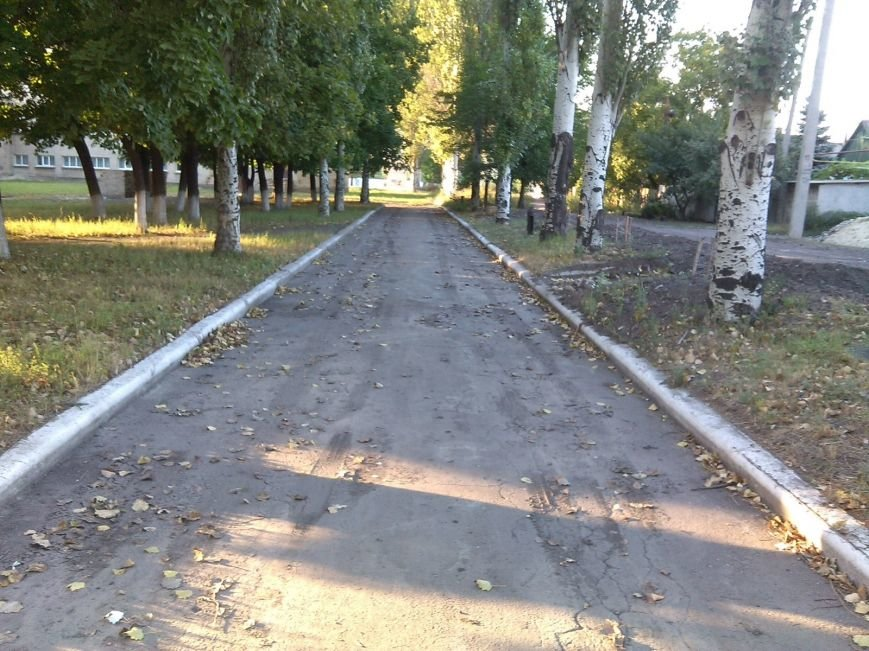 Ремонт на несколько часов: как в Димитрове ремонтируют водопроводные трубы (фото) - фото 1