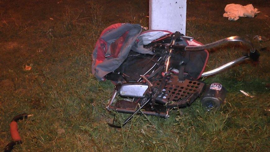 ДТП в Днепропетровске: Мерседес сбил 4-х пешеходов, одна женщина погибла (ФОТО) (фото) - фото 4