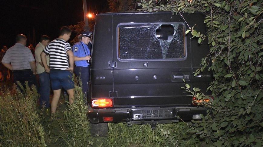 ДТП в Днепропетровске: Мерседес сбил 4-х пешеходов, одна женщина погибла (ФОТО) (фото) - фото 5