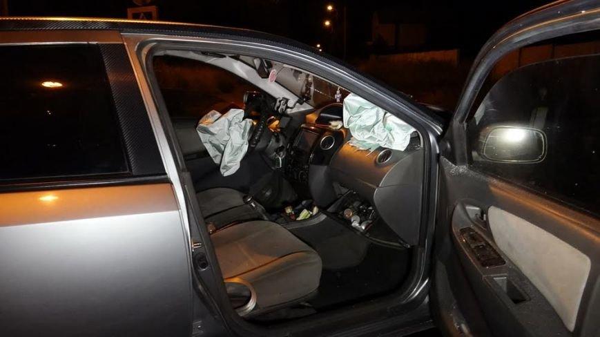 В ДТП в Мариуполе травмировалась женщина (фото) - фото 1