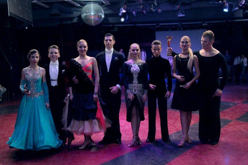 Близько сотні танцюристів змагалися за Кубок Буковелю (ФОТО) (фото) - фото 4