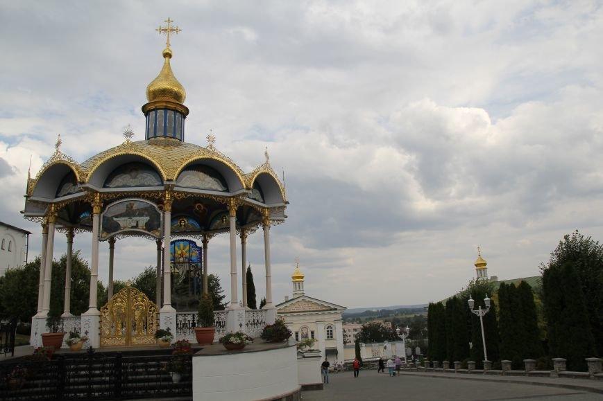 Ближе к Богу. Уикенд в Свято-Успенской Почаевской Лавре провел наш фотокорреспондент (ФОТО), фото-2