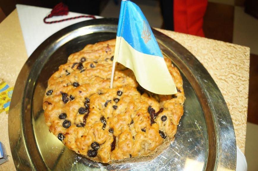 Мариупольчанка устроила празднование Дня Независимости Украины в Катаре (ФОТО) (фото) - фото 2