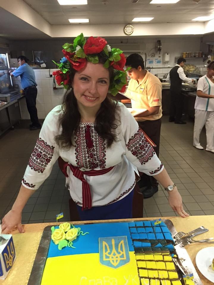 Мариупольчанка устроила празднование Дня Независимости Украины в Катаре (ФОТО), фото-9