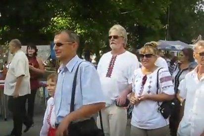 парад_вышиванок2