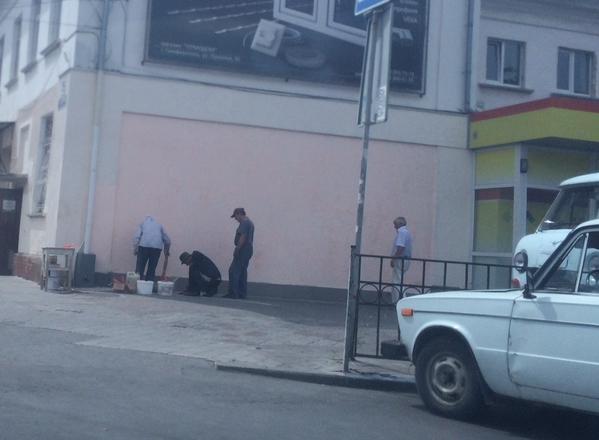 В соцсетях обсуждают испорченный портрет Путина в центре Симферополя (ФОТОФАКТ) (фото) - фото 3