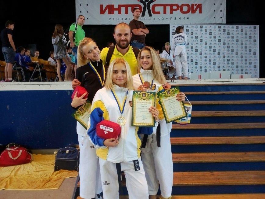 Днепродзержинские тхэквондисты завоевали дюжину медалей на чемпионате Украины, фото-10