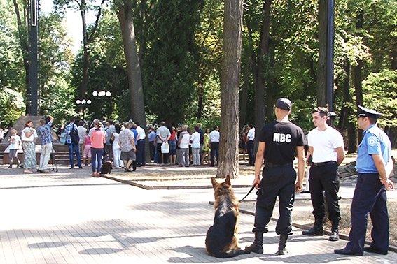 Правоохоронці в Івано-Франківську дбають про безпеку учасників Патріаршого Собору УКГЦ (ФОТО) (фото) - фото 1