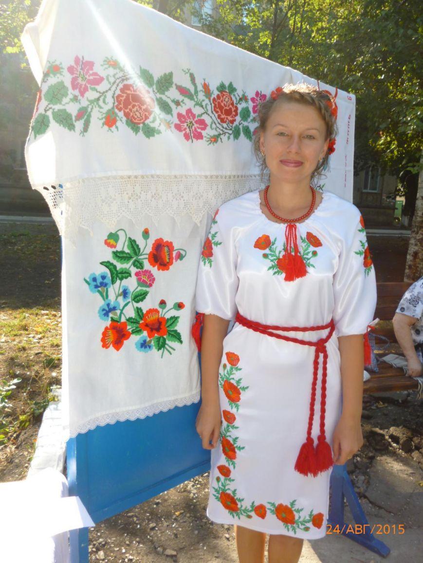 Жители Родинского отметили День Независимости (фото) - фото 5