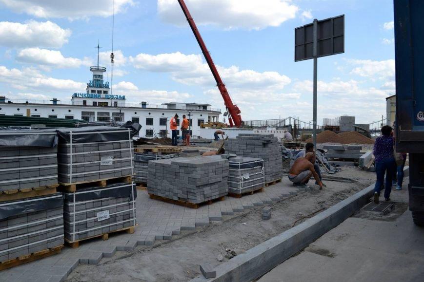 В Киеве частично открыли Почтовую площадь (ФОТО) (фото) - фото 4