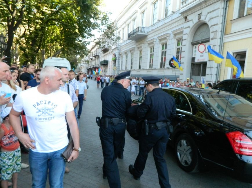Ильичёвские активисты на принятии присяги новой одесской полиции (+фотоотчёт) (фото) - фото 1