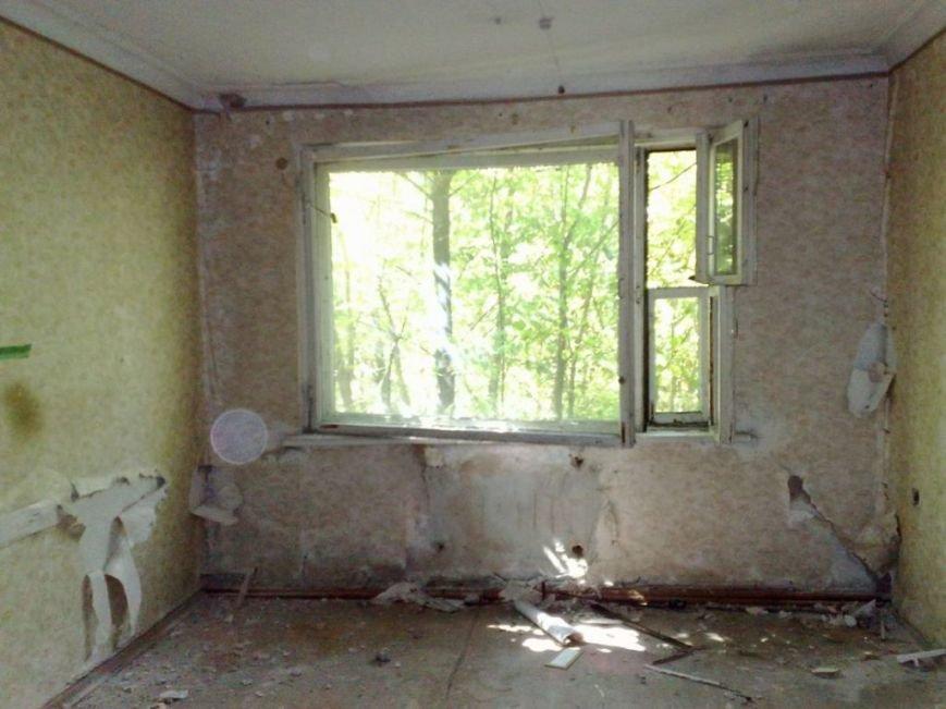Мародеры разграбили здание «Макеевуглестроя» (фото) (фото) - фото 5