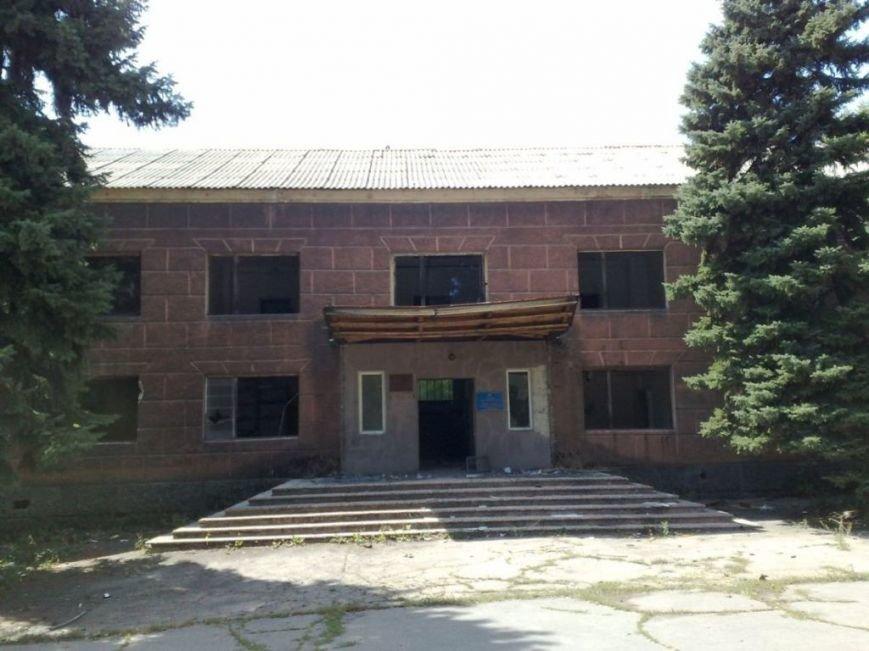 Мародеры разграбили здание «Макеевуглестроя» (фото) (фото) - фото 7