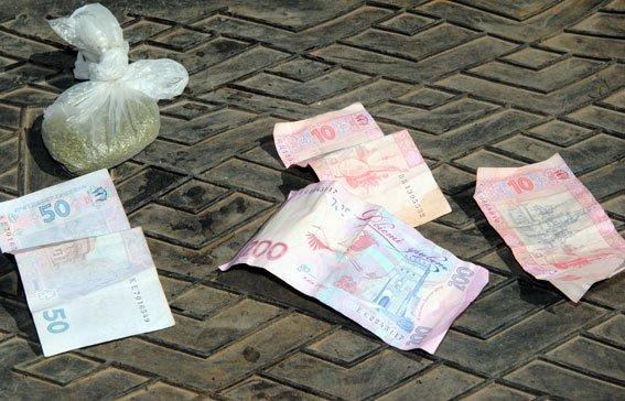 На Полтавщині чоловік розвозив наркотики по домівкам. Фото (фото) - фото 1