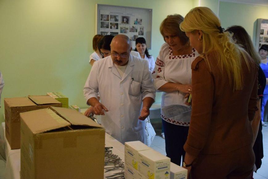 Николаевская больница получила «заграничную гуманитарку» (ФОТО), фото-2
