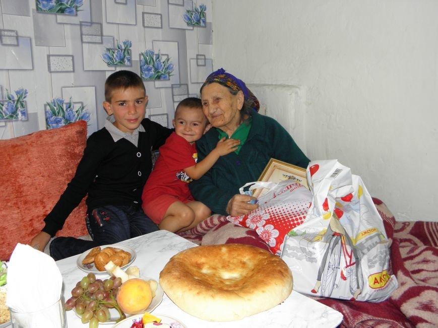 На 100-летний юбилей у краматорчанки родился 25-й внук (фото) - фото 3