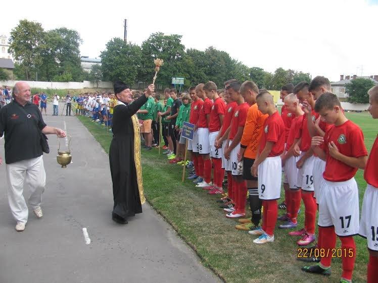 У Жовкві завершився Міжнародний дитячо-юнацький турнір з футболу пам'яті Василя Ковцуна (ФОТО) (фото) - фото 11