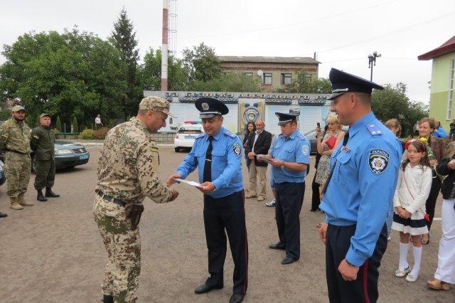 Після місяця служби в АТО додому повернулися прикарпатські Державтоінспектори (ФОТО) (фото) - фото 3