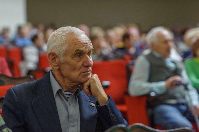 Полевские пенсионеры отметили свой праздник. Фоторепортаж (фото) - фото 1