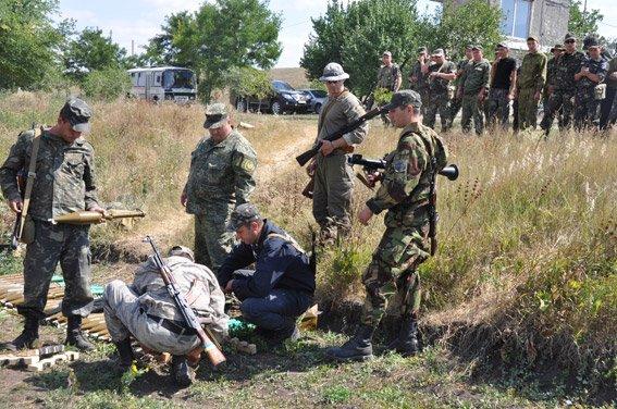 Николаевские добровольцы-милиционеры отстрелялись на полигоне и поедут на Донбасс (ФОТОРЕПОРТАЖ) (фото) - фото 2