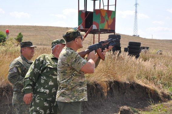 Николаевские добровольцы-милиционеры отстрелялись на полигоне и поедут на Донбасс (ФОТОРЕПОРТАЖ) (фото) - фото 5