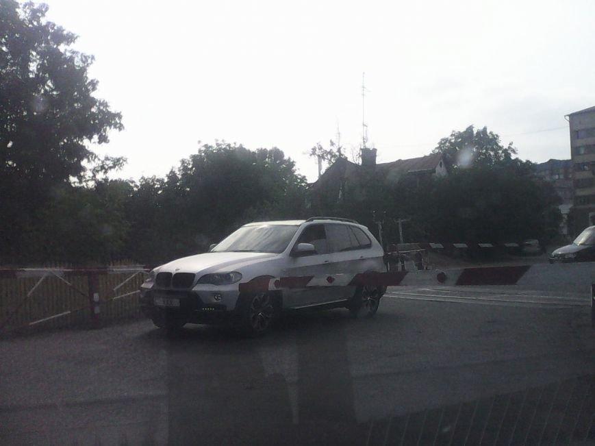 У Чернівцях водії авто не втомлюються порушувати ПДР (фото) - фото 1