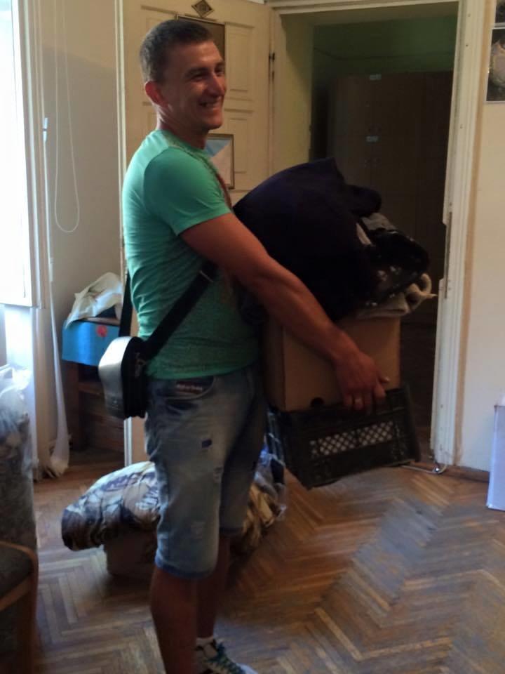 «Учорашній» боєць повіз допомогу з Буковини в зону АТО, фото-1