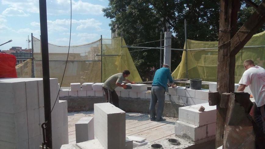 Одна за одною у Тернополі руйнуються історичні пам'ятки (фото) - фото 1