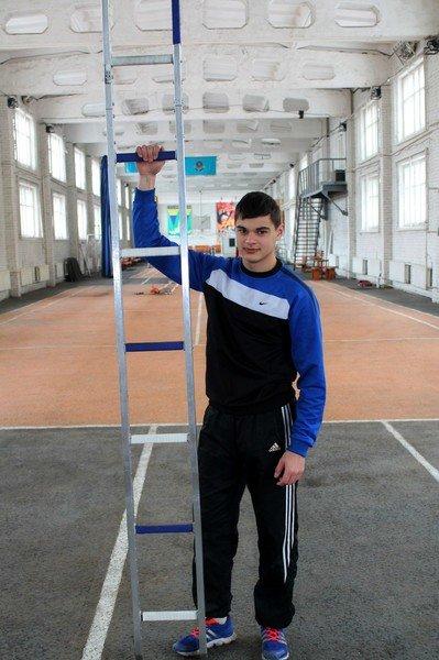 Дмитрий Снегирёв установил очередной рекорд Казахстана (фото) - фото 1