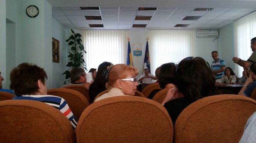 В Мариуполе хотят узаконить незаконные киоски (ФОТО), фото-1