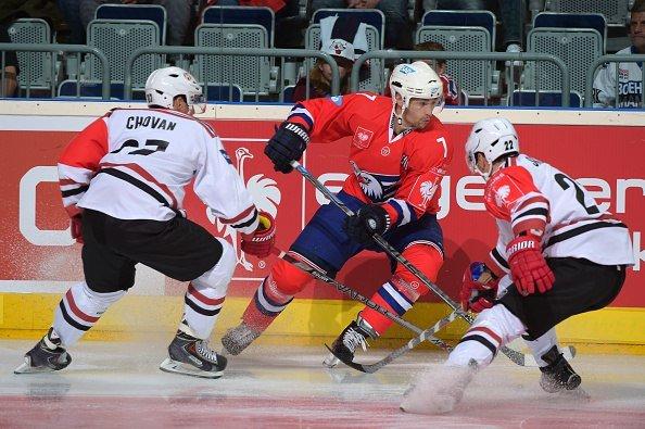 Хоккейный клуб «Неман» на выезде с разницей в одну шайбу уступил немецкому «Адлеру» в Лиге Чемпионов (фото) - фото 3