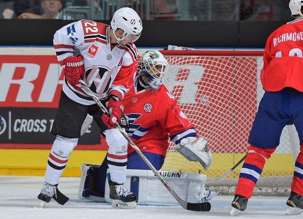 Хоккейный клуб «Неман» на выезде с разницей в одну шайбу уступил немецкому «Адлеру» в Лиге Чемпионов (фото) - фото 1