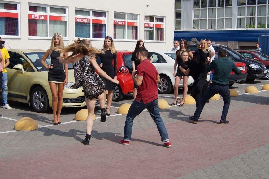 Фотофакт: возле рынка «Корона» гродненские модели отбили нападение хулиганов (фото) - фото 3