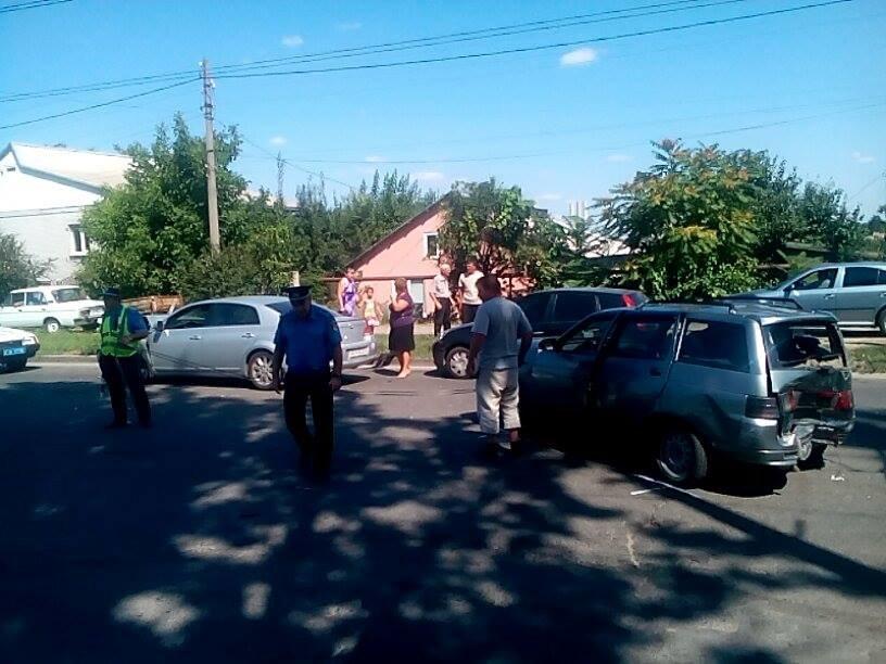 В Запорожье на «Космосе» маршрутка врезалась в автомобиль (ФОТО), фото-7