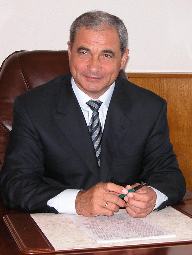 № 1 Иванович КАРАМАНИЦ, председатель правления