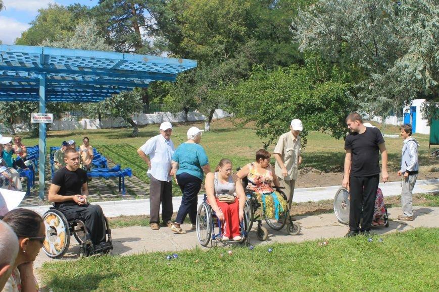 Инвалиды Краматорска и Славянска играли в дартс, нарды и бочче, фото-3