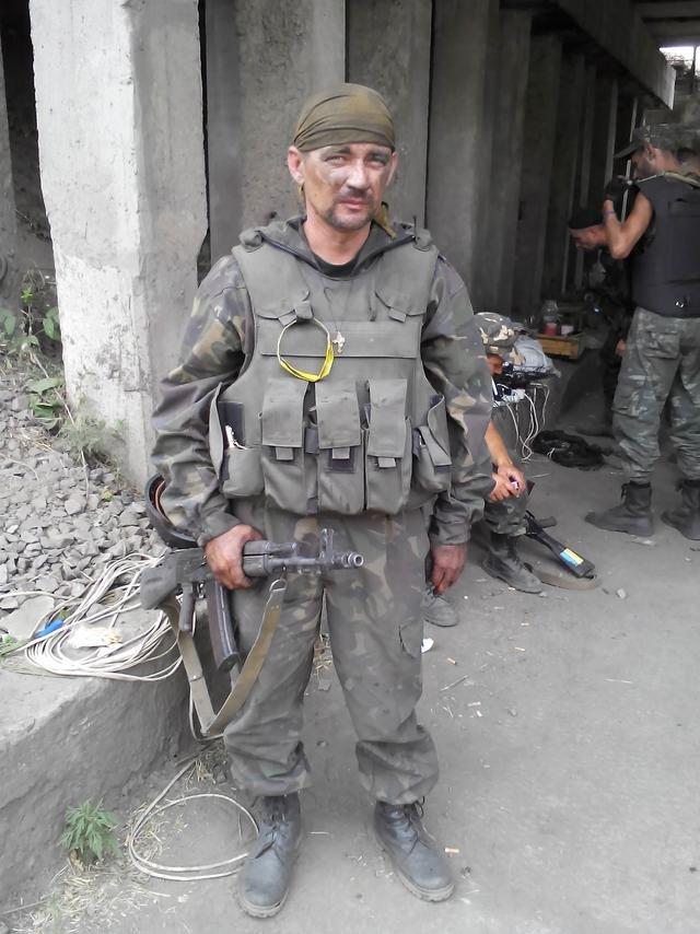 Старший лейтенант 40-го батальона Юрия Брехаря рассказал об Иловайске (фото) - фото 26