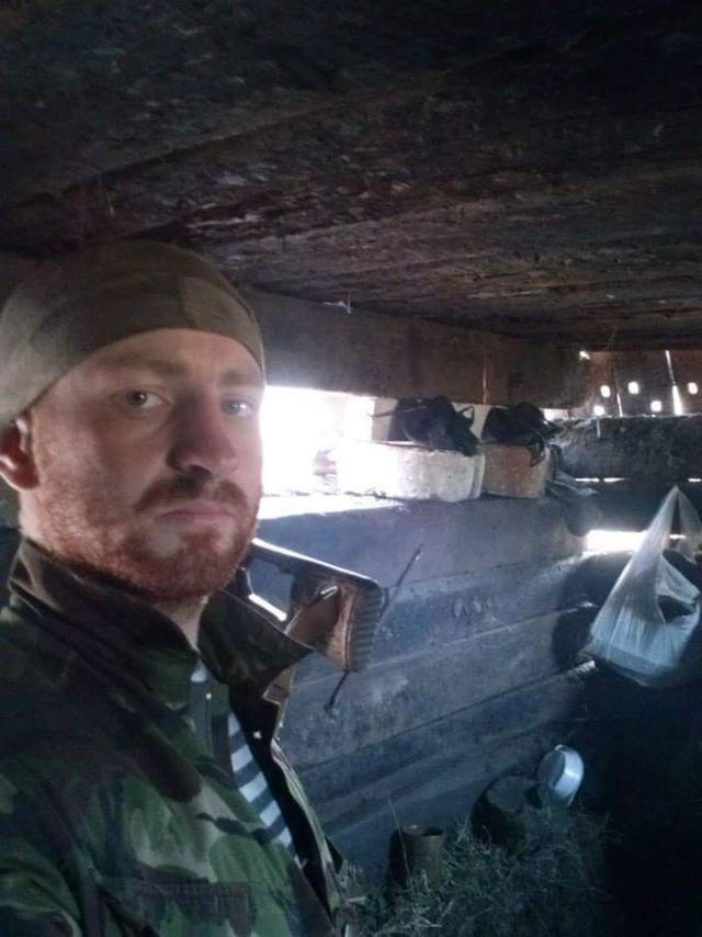 Старший лейтенант 40-го батальона Юрия Брехаря рассказал об Иловайске (фото) - фото 17