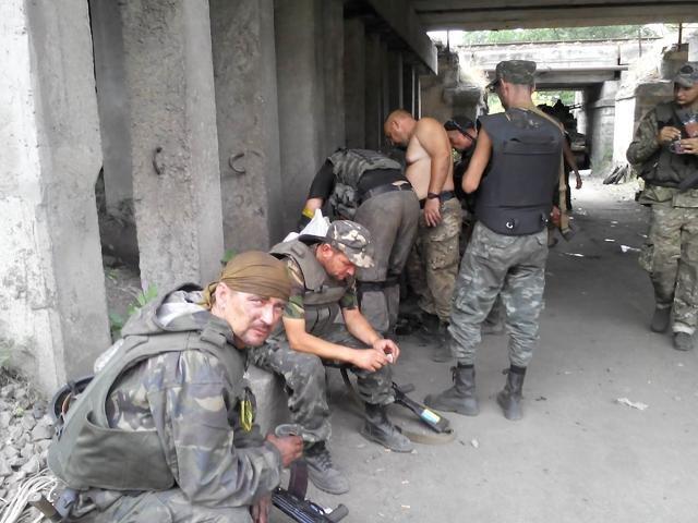 Старший лейтенант 40-го батальона Юрия Брехаря рассказал об Иловайске (фото) - фото 23