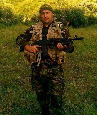 Старший лейтенант 40-го батальона Юрия Брехаря рассказал об Иловайске (фото) - фото 34