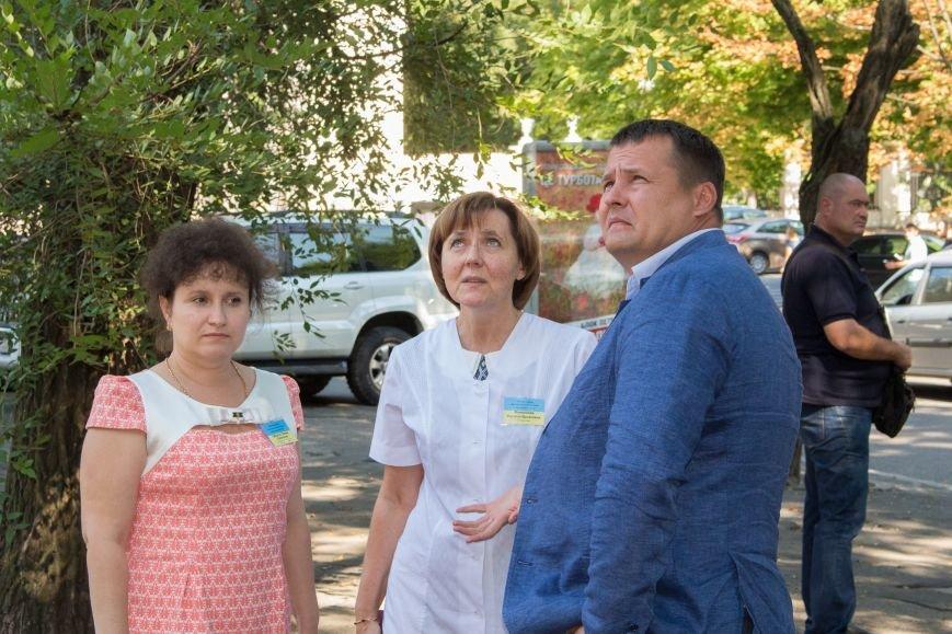 Филатов встретился с медиками Детской больницы №5, фото-1