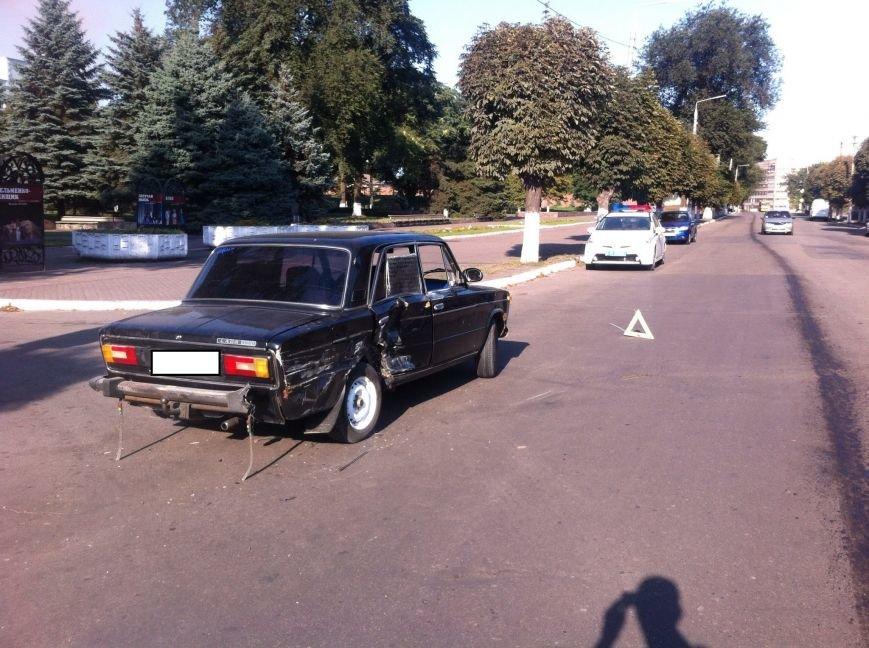 На проспекте Пелина в Днепродзержинска случилось ДТП (фото) - фото 3